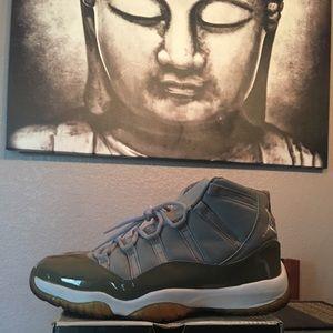"Air Jordan 11 Retro- 2001 ""Cool Greys"""